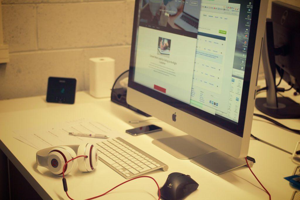 creatives-desk